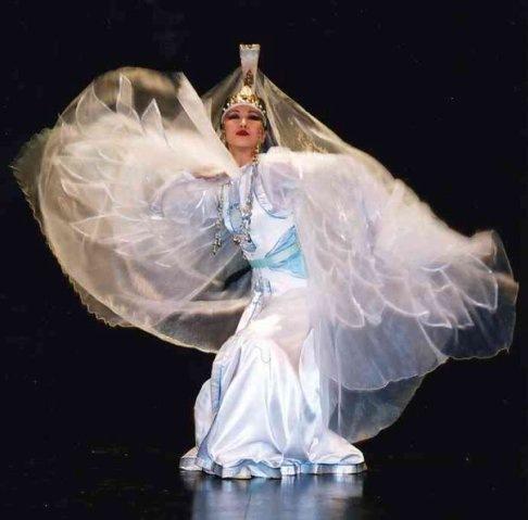 танец Белой Лебеди